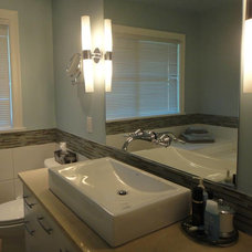 Contemporary Bathroom by Welcome Home designs