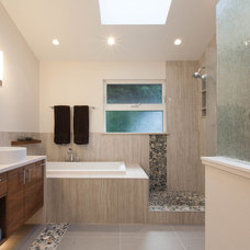 Contemporary Bathroom by Kenorah Design + Build Ltd.