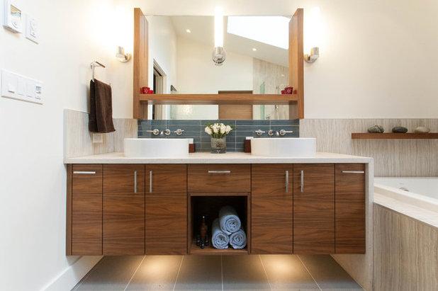 Contemporáneo Cuarto de baño by Kenorah Design + Build Ltd.