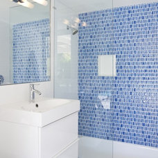 Midcentury Bathroom by The Paul Kaplan Group, Inc