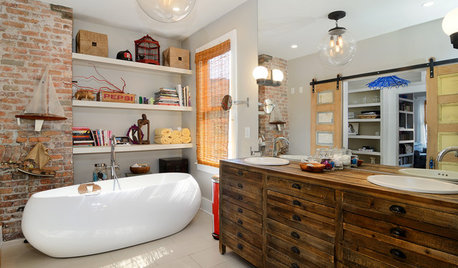 6 Ways to Shower Your Bathroom With Eclectic Style