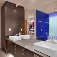 Modern Bathroom by Chris Pardo Design - Elemental Architecture