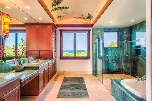 Tropical Bathroom by Carrie Nicholson, RB, BIC, HL1 Director
