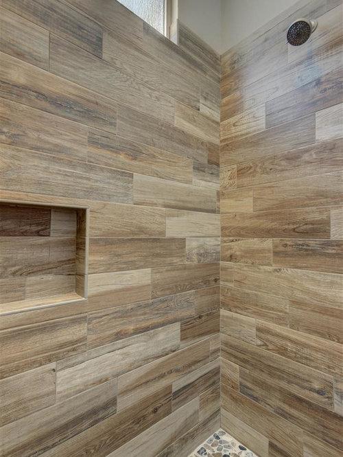 salle de bain avec une douche l 39 italienne et une plaque. Black Bedroom Furniture Sets. Home Design Ideas