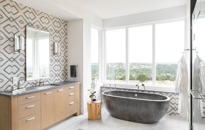 5 Bathrooms Go Bold with Geometric Patterns on the Walls