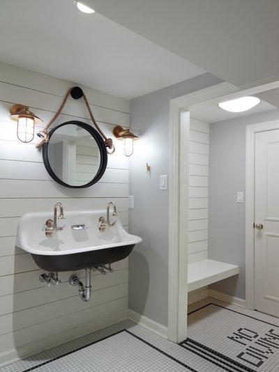 Beach Style Bathroom by SHOPHOUSE