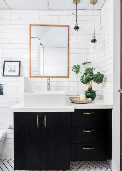 Contemporary Bathroom by Sunita Yogesh Studio