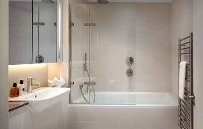 No Need to Compromise on Style With a Shower-Tub Combo