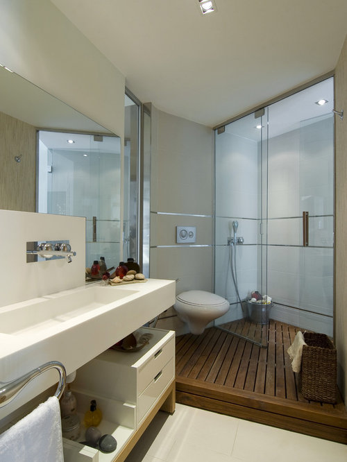 example of a minimalist bathroom design in other with a wall mount