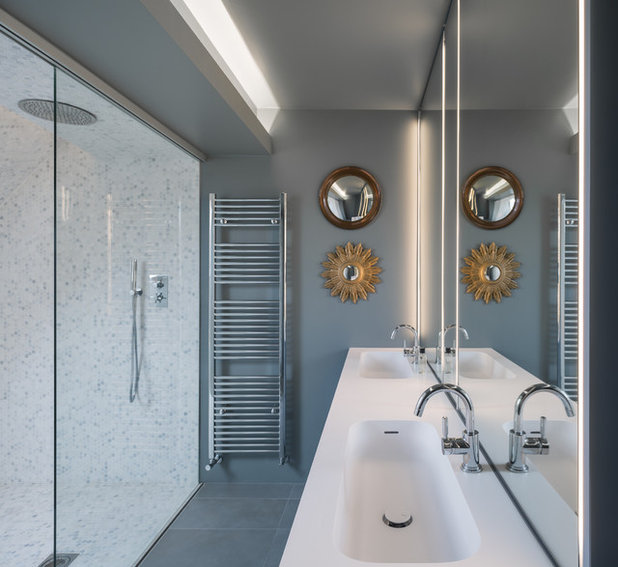 Contemporary Bathroom by OPENSYSTEMS Architecture