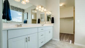 Phoenix, Arizona | Monterra Village - Castillo Bluebell Owner's Bathroom