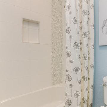 Phoenix, Arizona | Zanjero Trails - Villagio Belice Secondary Bathroom