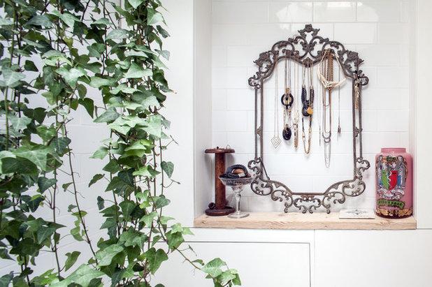 Scandinavian Bathroom by Adelina Iliev Photography