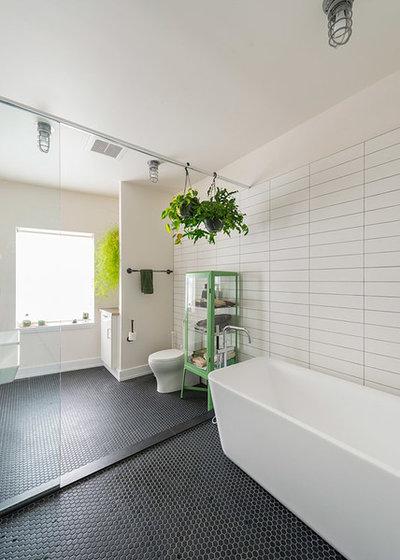 Industrial Bathroom by Bright Common Architecture & Design