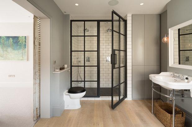 コンテンポラリー 浴室 by Shape London