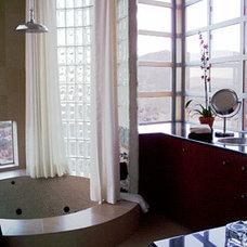 Contemporary Bathroom by pierre senechal