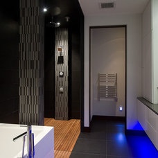 Contemporary Bathroom by Lucid Architecture