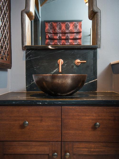 Douche en alcôve moderne avec un plan de toilette en zinc : Photos ...