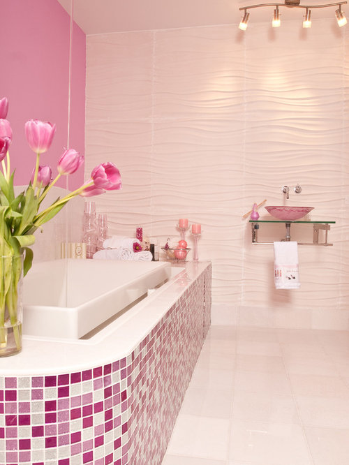 Pink bathroom design ideas renovations photos - Pink bathtub decorating ideas ...