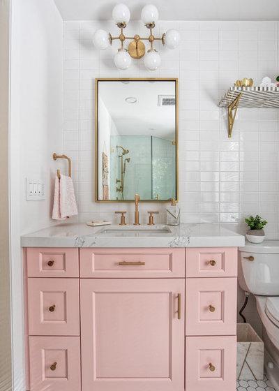 Midcentury Bathroom by KraftMaster Renovations