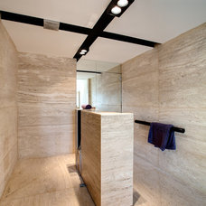 Contemporary Bathroom by Chris Briffa Architects