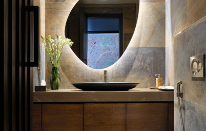 10 Spectacular Ideas for Backlit Bathroom Mirrors