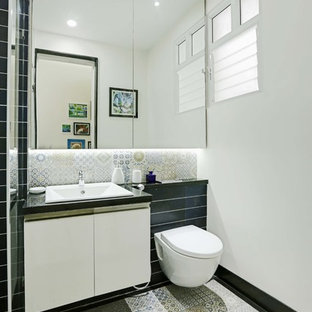 Inspiration for a bathroom remodel in Bengaluru