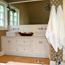 Traditional Bathroom by Sapia Builders Corp.