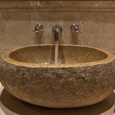 Traditional Bathroom by ARTifact Interior Design