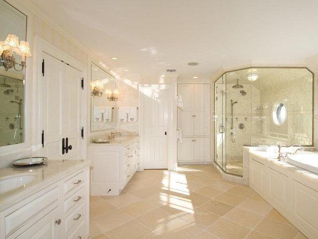 Traditional Bathroom Port Hole Shower
