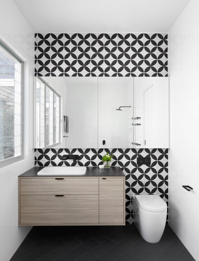Contemporary Bathroom by smarterBATHROOMS+