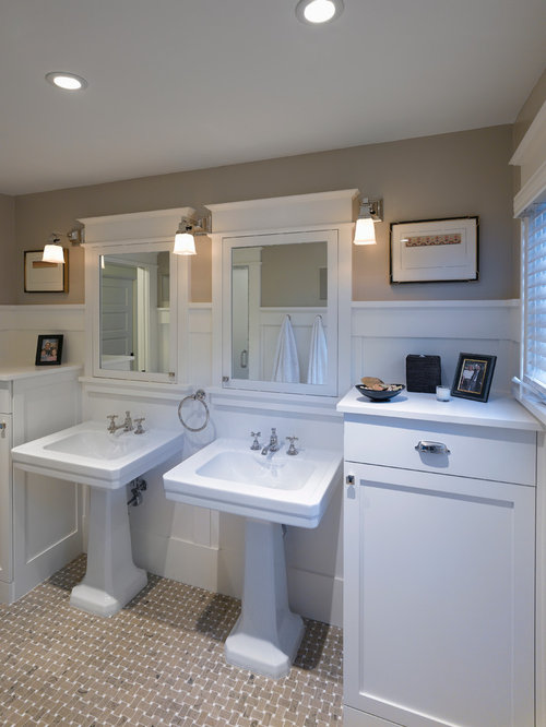 Craftsman style mirror home design ideas pictures for Bungalow bathroom designs