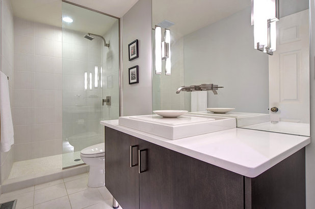 Modern Bathroom by S&K Interiors and Home Staging