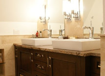 Who is the manufacturer of the vanity?  I really like it.