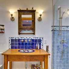 Traditional Bathroom by WASABI360.CA  |  Claude Badet Photographie