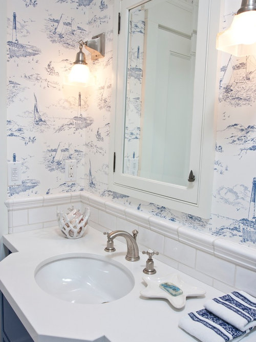 Navy and white ideas pictures remodel and decor for Navy bathroom wallpaper