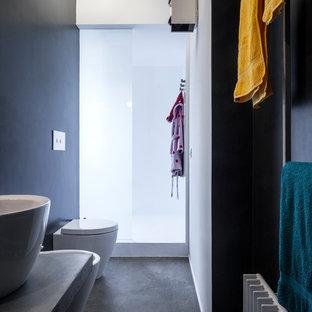 Salle de bain industrielle avec un mur noir : Photos et idées déco ...