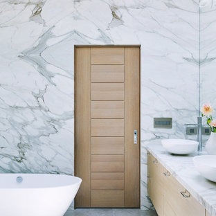 75 Most Popular Bathroom With Light Wood Cabinets Design