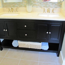 Tropical Bathroom by Ridgeview Construction