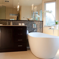 Modern Bathroom by Lord Design