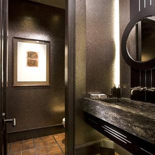 Modelo de cuarto de baño rural con lavabo integrado