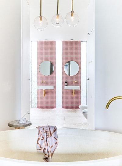 Modern Bathroom by WK Quantum Quartz