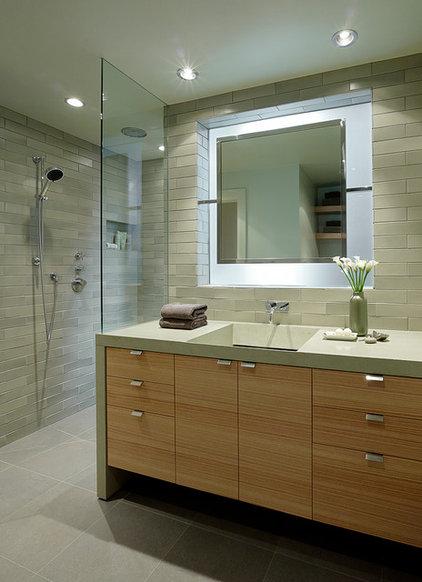 Contemporary Bathroom by ScavulloDesign Interiors