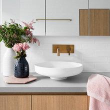 Stickybeak of the Week: Pastel-Toned Minimalism for a Bathroom Renewal