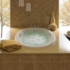 Bathtubs by Primera Interiors