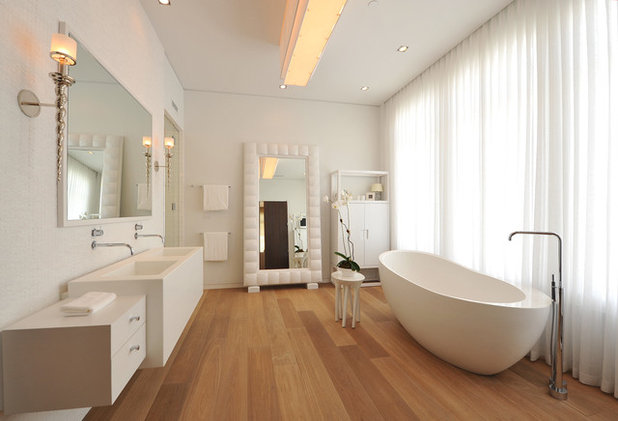 Awesome Contemporary Bathroom by Leighton Design Group