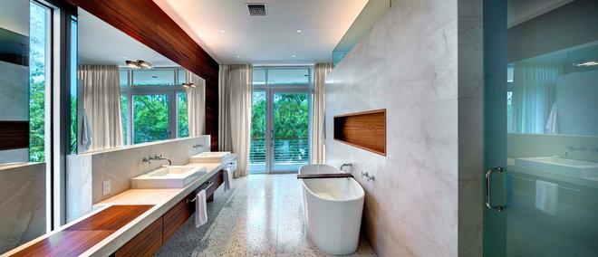 Modern Bathroom by Michael K. Walker & Associates Inc.