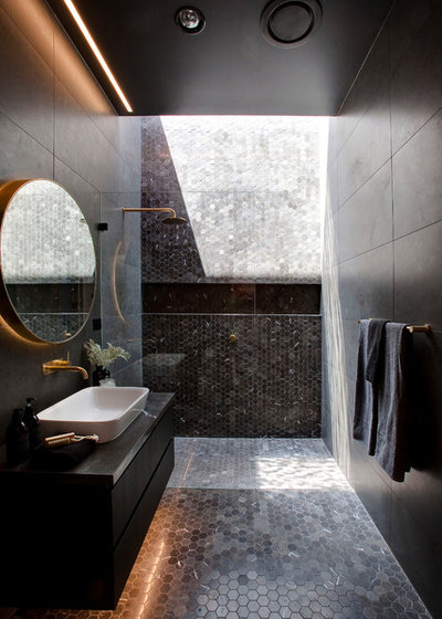 Contemporary Bathroom by Sydesign Pty Ltd