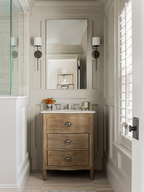 Transitional Bathroom Design Ideas, Remodels & Photos with Medium Tone Wood Cabinets