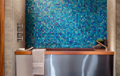 14 Bathrooms Transformed by Glass Tiles